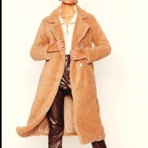 SFW Saks fifth Avenue beige faux fur teddy coat s